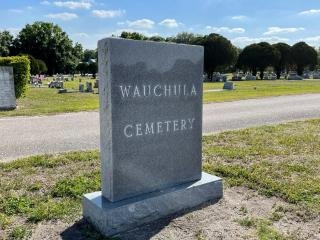 Wauchula cemetery head stone